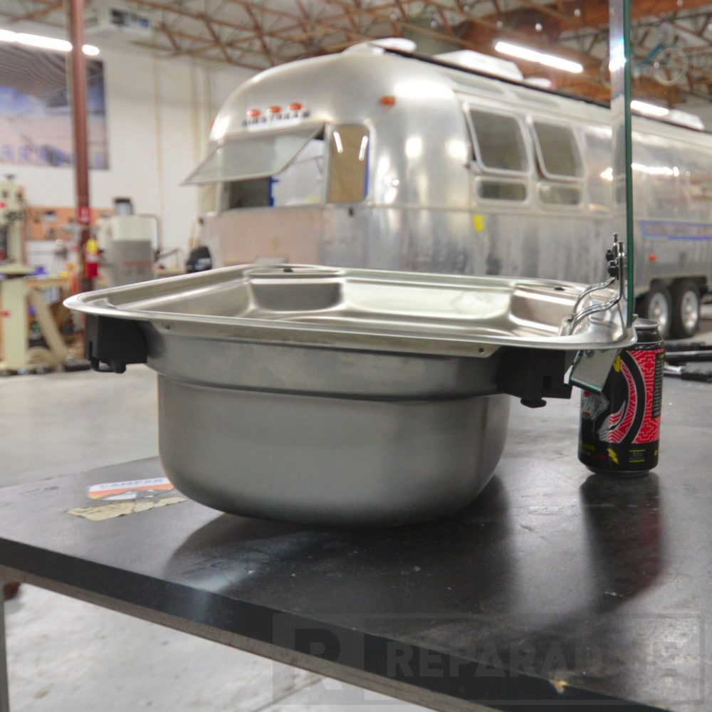 dometic-va8005-stainless-steel-sink-dsc_8786