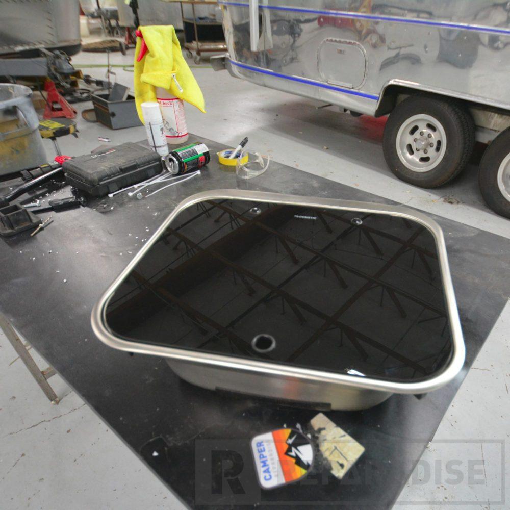 dometic-va8005-stainless-steel-sink-dsc_8792