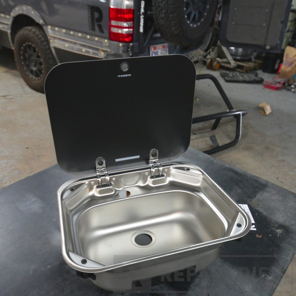 dometic-va8005-stainless-steel-sink-dsc_9249