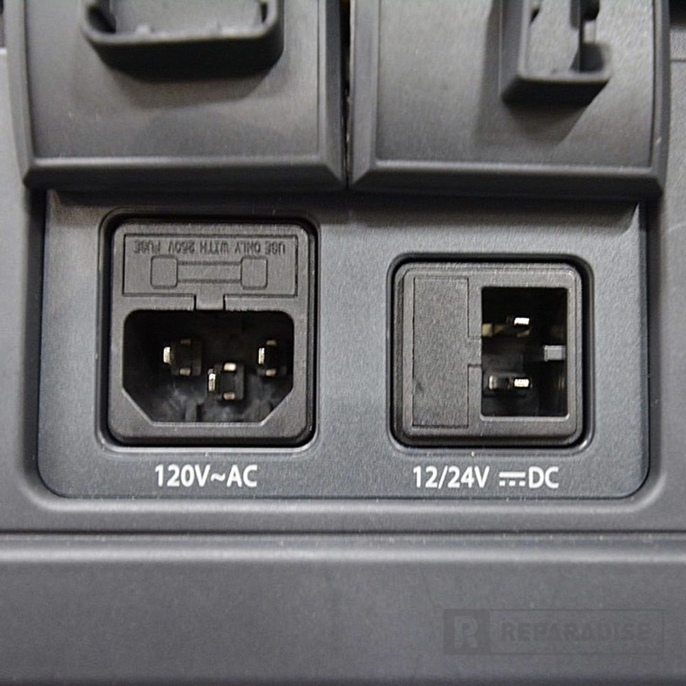 re_03424-dometic-cfx3-55im-portable-electric-cooler-ports-