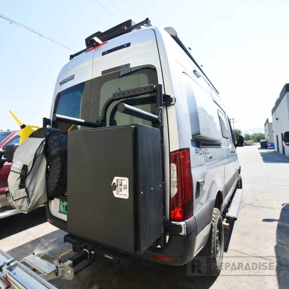 re_03917-b2-bike-and-box-carrier-installed-on-sprinter