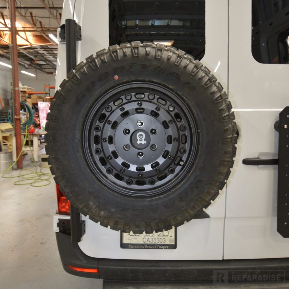 owl-van-vs30-sprinter-spare-tire-carrier-with-265-70r17-tiredsc_9303